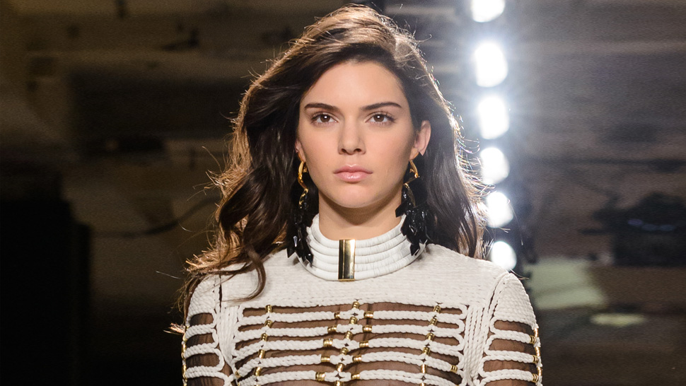 Kendall Jenner Flashes Her Nipple On Instagram