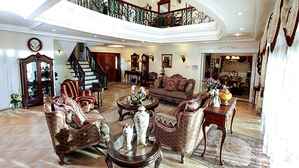 Alex and Toni Gonzaga's Classic House in Taytay, Rizal