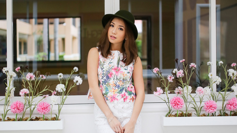 Blogger Slam Book: Kryz Uy (thirstythought)