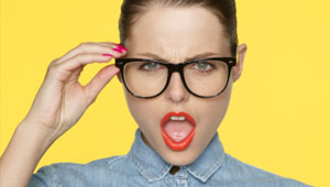 5 Makeup Mistakes Girls Who Wear Glasses Should Avoid