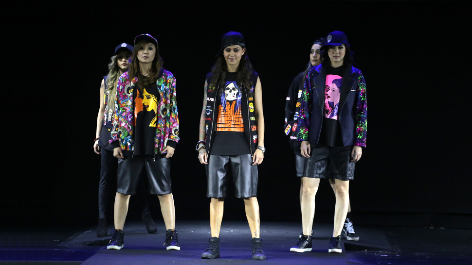 SEE: Day 1 of Philippine Fashion Week Spring/Summer 2016