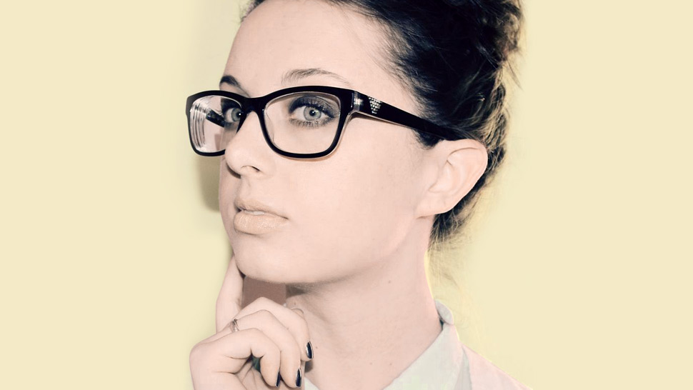 A Shy Girl's Guide To Wearing Eyeglasses