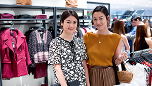 All The Chic Shoppers At The Sfera Sm Megamall Opening