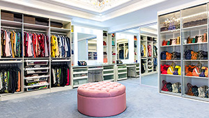 5 Must-see Celebrity Closets