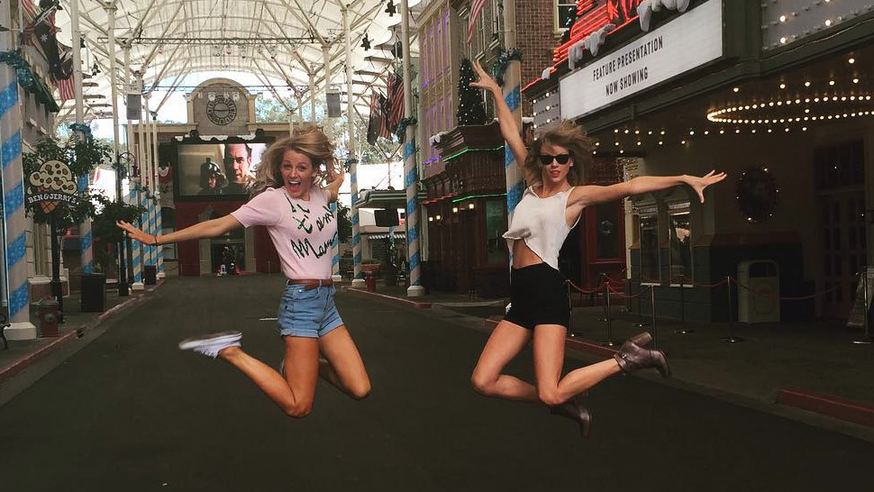 Blake Lively Joins Taylor Swift's Squad