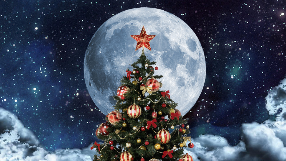 After 38 Years, We'll Be Seeing A Full Moon This Christmas!