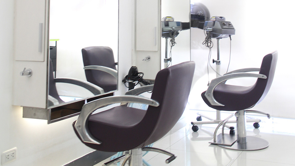 The Best Salon For Hair Color, According To Beauty Editors