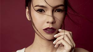 3 Ways To Wear A Dark Lip