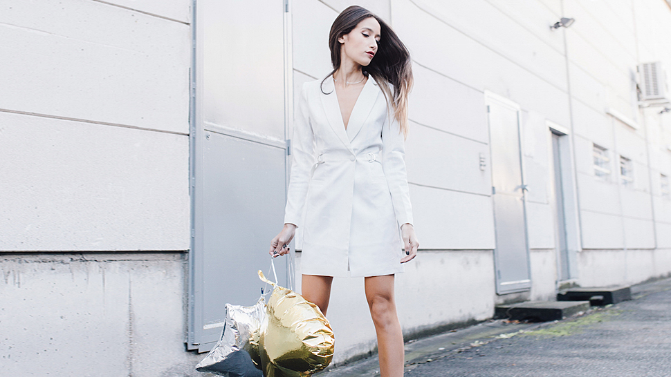 How to Wear White This Holiday Season, According to This Week's Top Blogger OOTDs