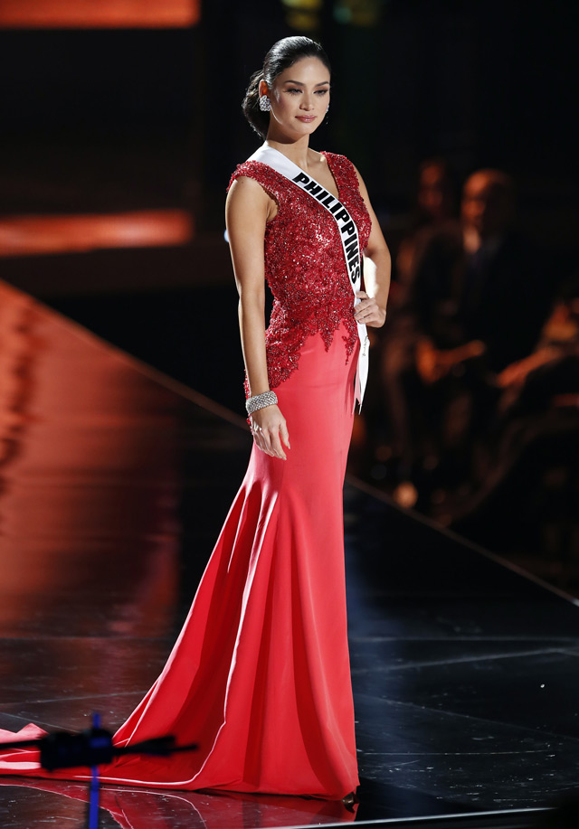 All Of Miss Philippines Pia Wurtzbach 39 S Looks For Miss Universe 2015 Preview