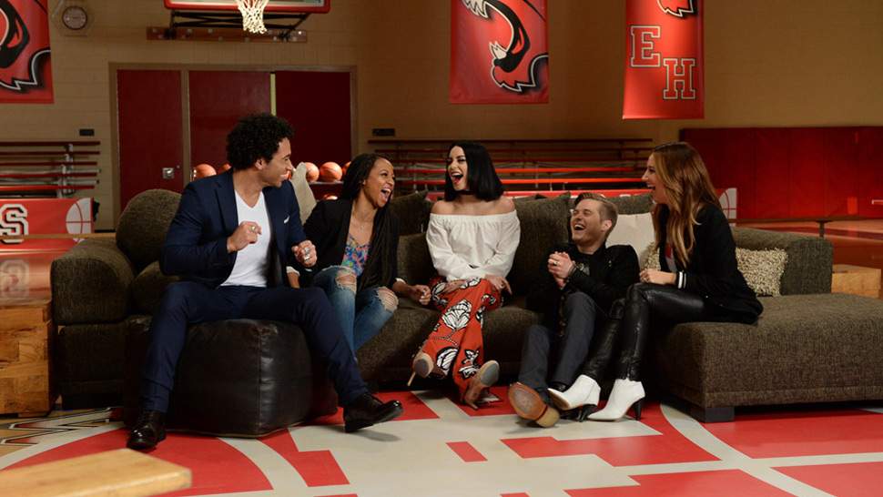 High School Musical Stars Reunite for 10th Anniversary Tribute
