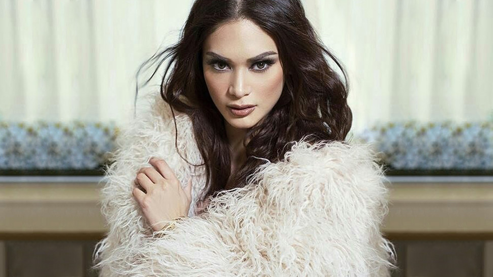 Pia Wurtzbach's Top 5 Lipstick Picks For Every Occasion
