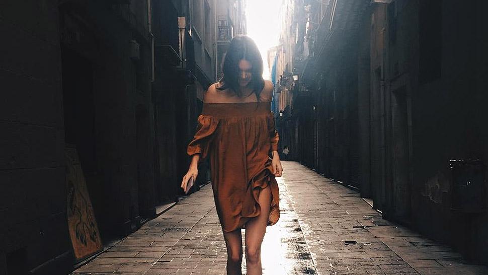 Kendall Jenner's Off-Shoulder Dress Costs Under P3,000!