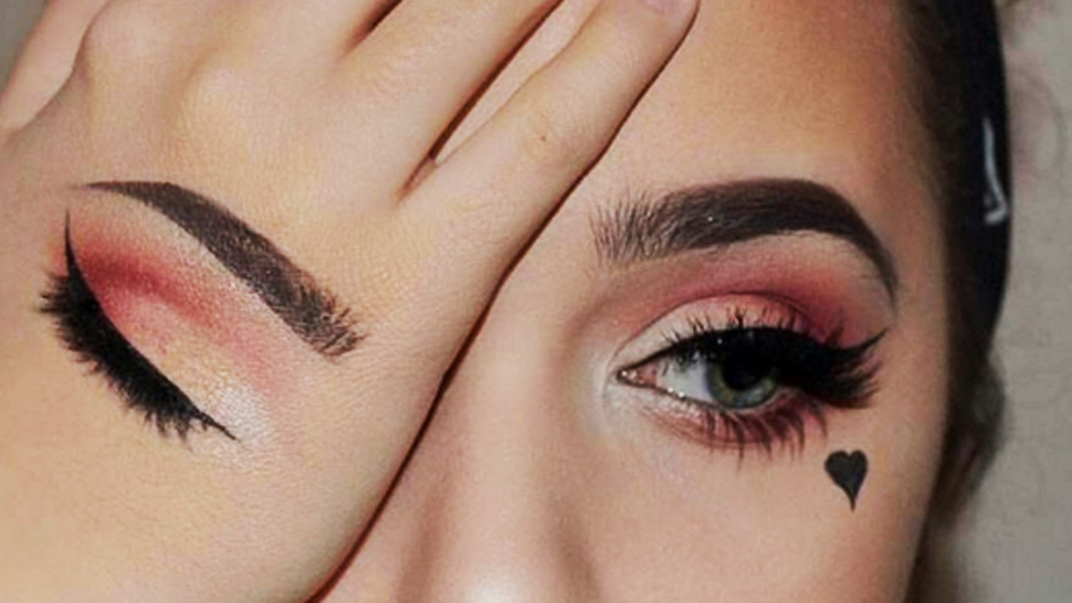 This Instagram Beauty Trend Takes Swatching to a Whole New Level