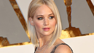 Jennifer Lawrence Brings Back The Lob