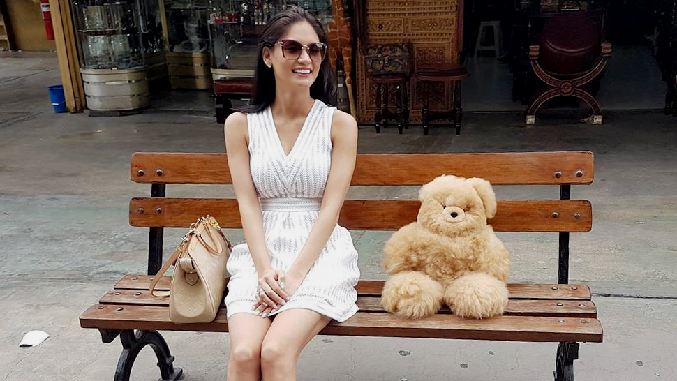 Pia Wurtzbach's Little White Dress, And More From Our Top Celebrity #ootds Of The Week