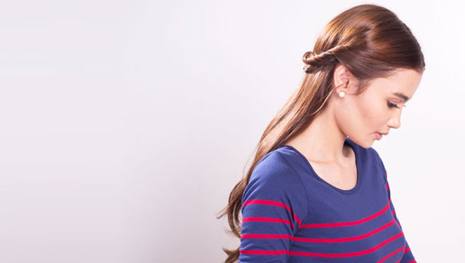 Tease & Tie: 10-minute Hairstyles That Are Natural And Sophisticated
