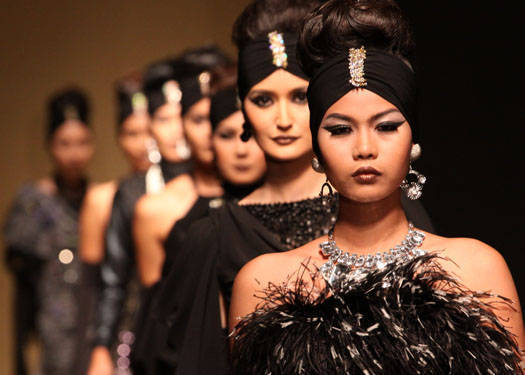 Runway Beauty: Jun Jun Cambe