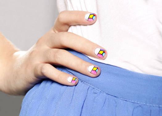 Beauty Lab: Printed Nails
