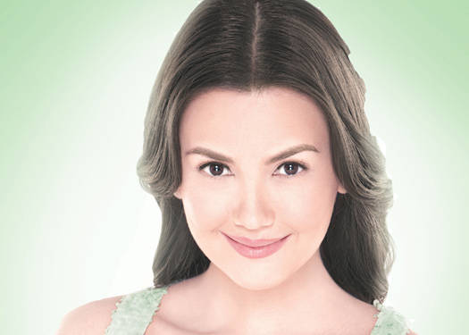 Pond's Reveals The New Face Of White Beauty Naturals