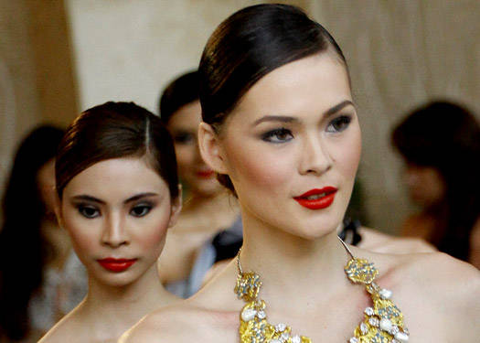 Runway Beauty: Len Nepomuceno Fashion Watch 2011