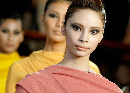 Runway Beauty: Oj Hofer And Dennis Lustico