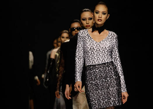 Philippine Fashion Week Holiday 2012: Jasler, Guinto, Tampus, Floresca