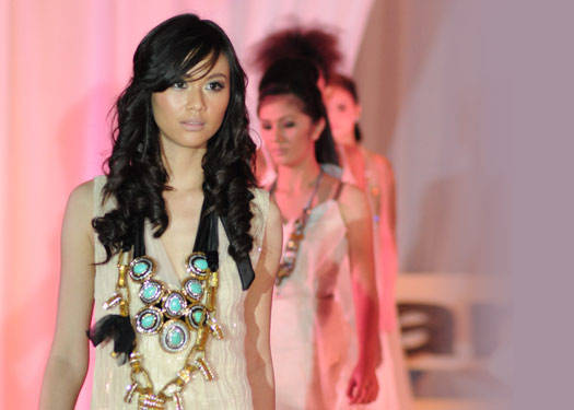 A White Runway: Martish 2010 Fall Fashion Forecast