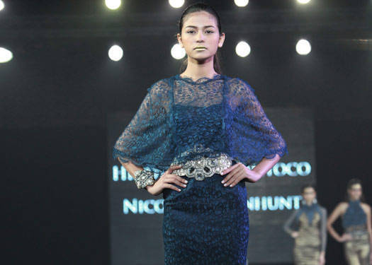 Metrowear: Hindy Weber-tantoco & Nicole Whisenhunt