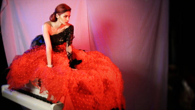 Behind The Scenes Of Preview September 2011: Anne Curtis