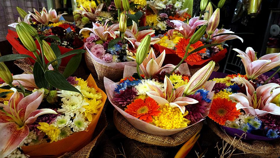 Dangwa Deals: P100 Flower Arrangements And More | RL