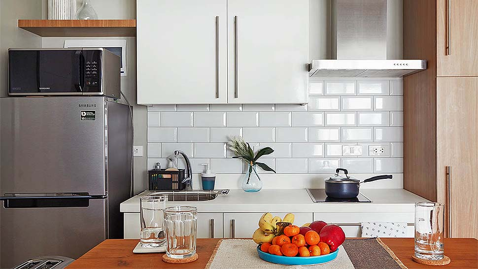 10 extremely tiny kitchens from real homes rl - Tiny Kitchen