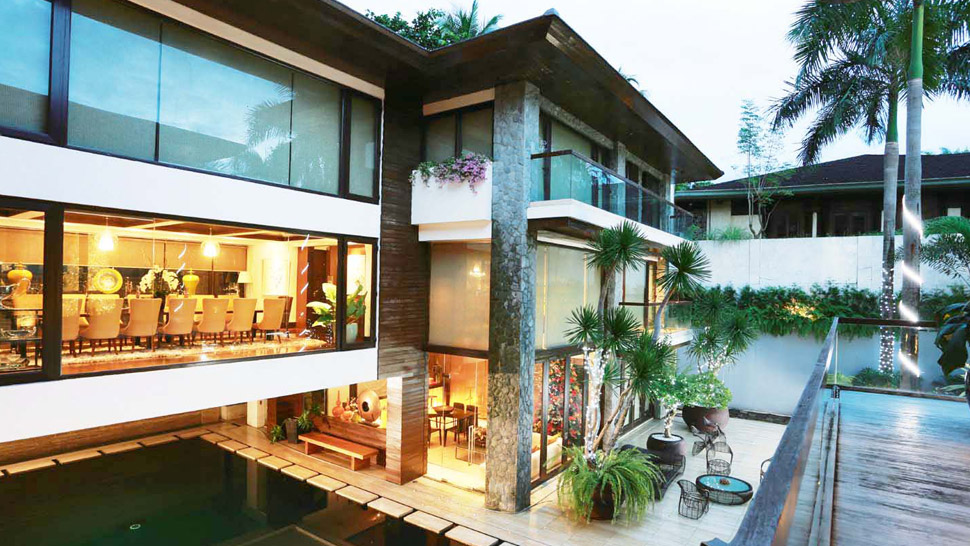 Manny And Jinkee Pacquiao S Modern Tropical House In