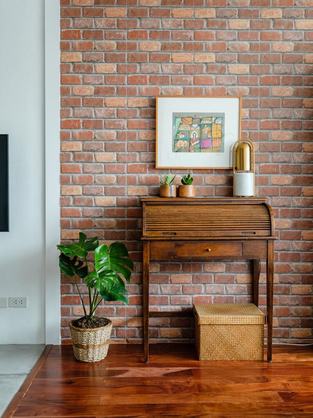brickwall-smallspace