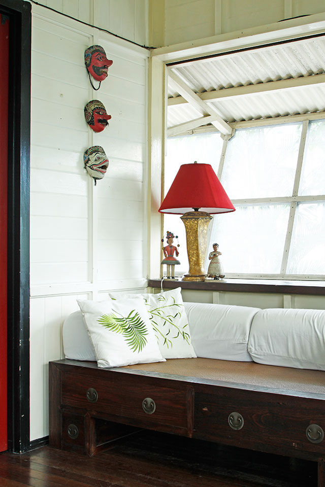 woodenhomedesigns-window