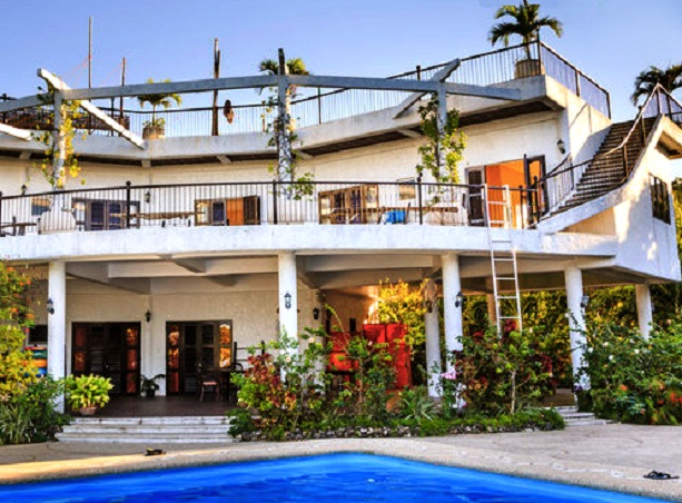 Stupendous 5 Homes That You Can Rent In Cebu Interior Design Ideas Ghosoteloinfo