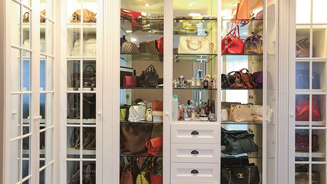 95a8a484521 8 Pretty Storage Ideas For Your Bags and Shoes