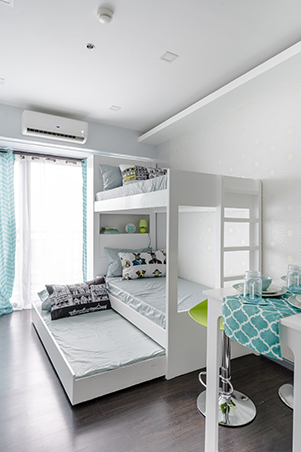 A 25sqm unit for five rl - Condo living room ideas philippines ...