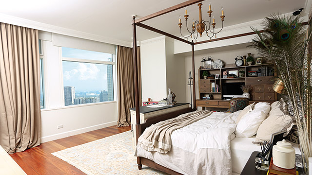 Anne Curtiss Modern Eclectic Condo Unit  Rl-1345