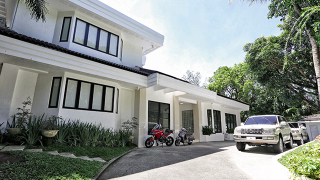 Richard Gomez And Lucy Torres S Two Storey Modern Home Rl