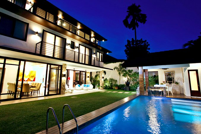 7 Gardens and Swimming Pools of Pinoy Celebrities | RL