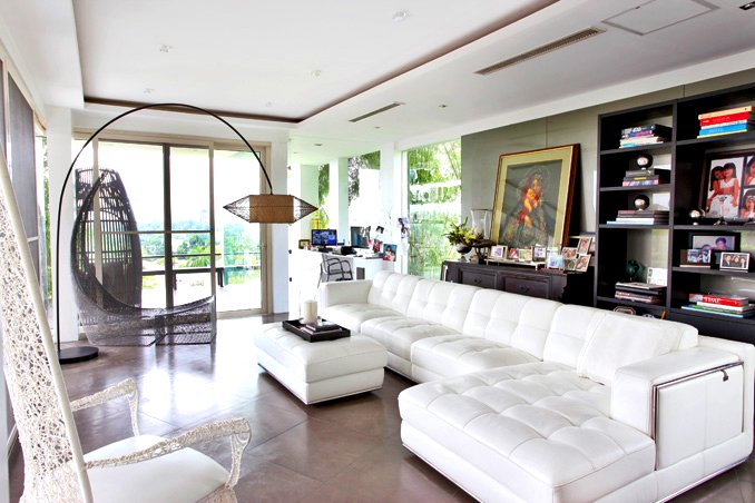 Here are the 7 things that we liked best in this property designed by  architect Anthony Nazareno and interior designers Ivy and Cynthia Almario: