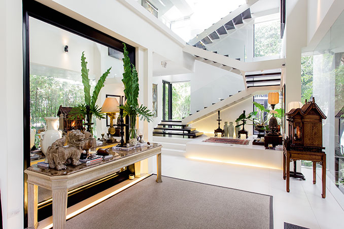 Zsa Zsa And Conrad S Modern Asian House Rl