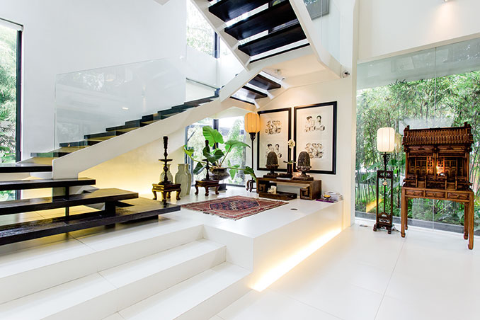 Zsa zsa and conrad 39 s modern asian house rl for Modern home decor articles