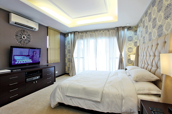 Cristine reyes 39 s pristine and tranquil two storey home rl for Pristine garden rooms