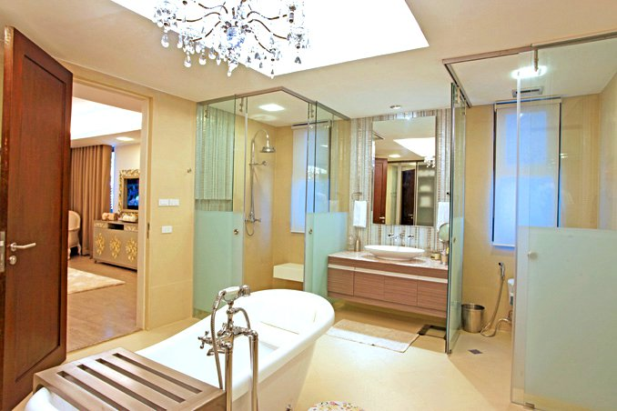 8 Interesting Bathrooms of Pinoy Celebrities | RL on pinoy celebrity houses, lottery winners houses, wealthy people houses, weird houses, nice celebrity houses, bizarre houses, rich people houses, girls houses, professional golfers houses, asian houses, brazilian houses, hollywood houses, look alike houses, luxury homes in beverly hills houses, housewives houses, movie actors houses, wwe divas houses, amazing houses, toys houses, top 20 houses,