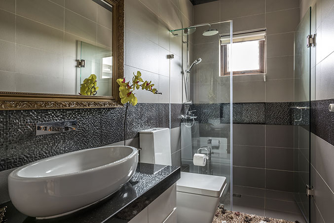 3 Budget-Friendly Ways To Maintain Your Bathroom