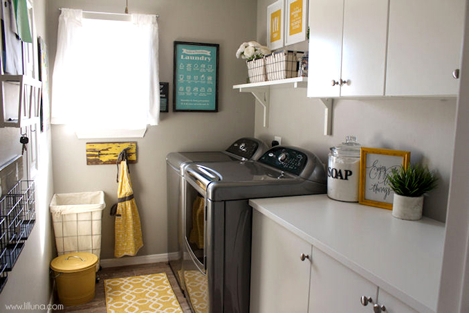 4 ways to maximize a small laundry area rl if you think about it the laundry area is one of the most overlooked areas at home after all as some of us may think why would i bother to style this solutioingenieria Gallery