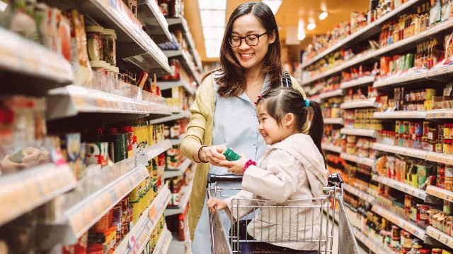 Simple Tricks for Healthy Snack Shopping for Your Kids