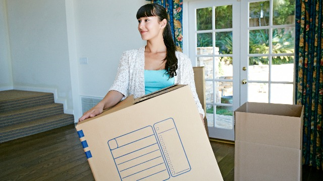 5 Signs You're Ready to Move Out of Your Parent's Home